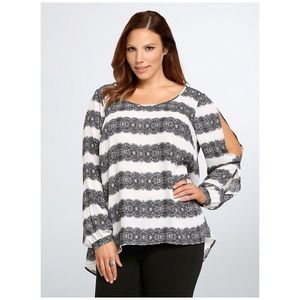 Torrid lace stripped open sleeve blouse 2